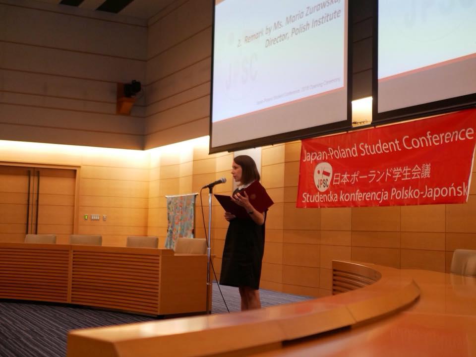 Wystąpienie: p. Maria Żurawska. Źródło: materiały organizatorów konferencji.