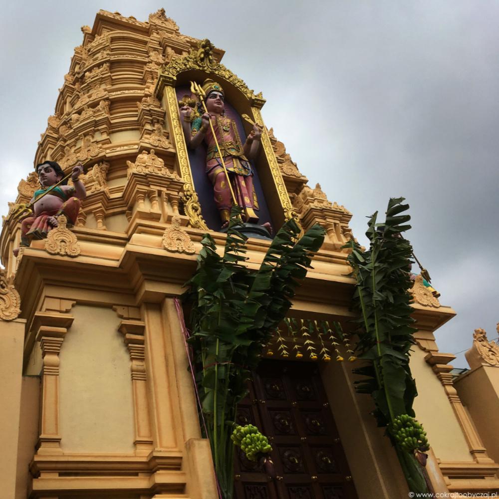 Sri Vairavimada Kaliamman Temple, czyli wizyta w Toa Payoh.