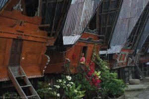 Ulewa w skansenie Huta Siallagan, miejscowość Ambarita.