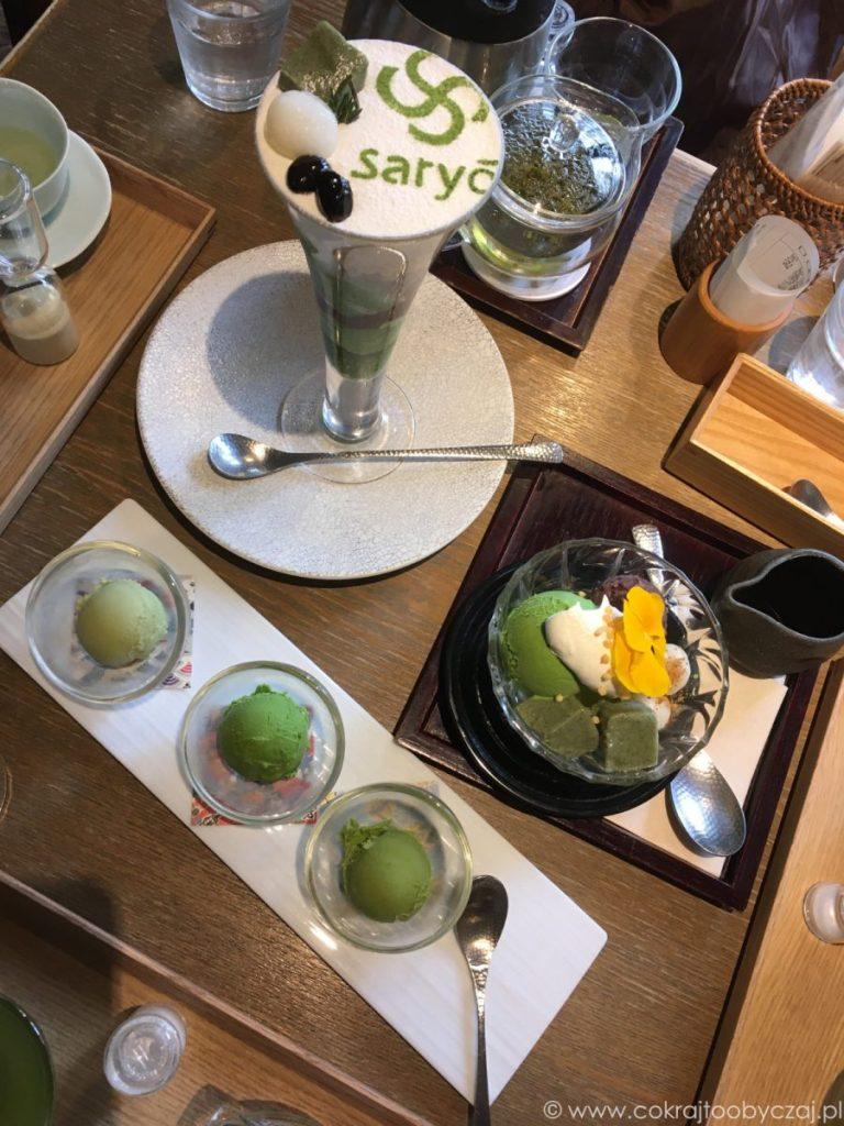 deser i zielona herbata w Kagurazaka Saryo